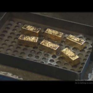 استخراج طلا از دل ضایعات موبایل و کامپیوتر