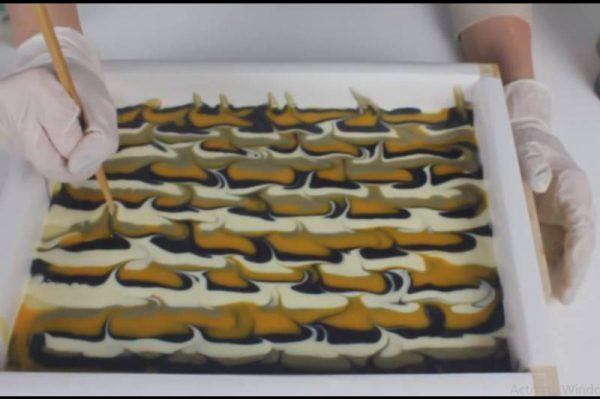دیزاین پر طاووس برای صابون دست ساز