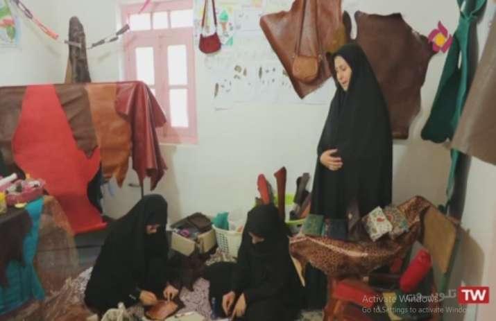 آموزش چرم دوزی در آموزشگاه