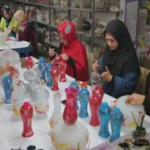 کارآفرینی با تولید چراغ های روشنایی صنایع دستی