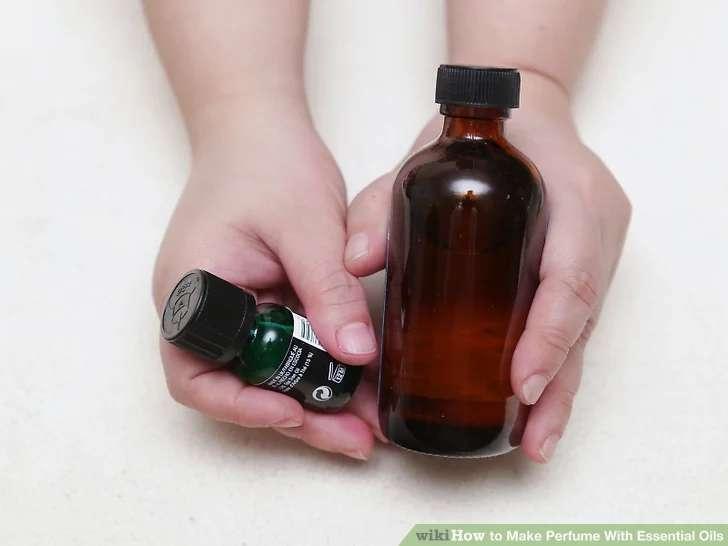 استفاده از بطری تیره رنگ در ساخت عطر