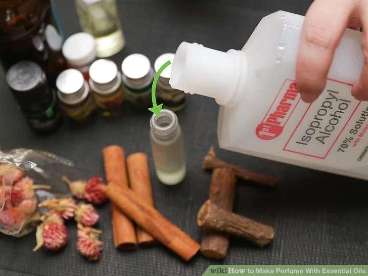 از الکل به عنوان نگهدارنده عطر استفاده کنید