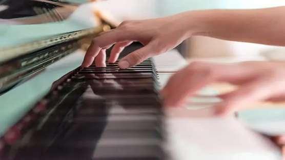 کسب و کار آموزش موسیقی (MUSIC LESSONS BUSINESS)
