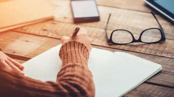 کسب و کار نویسندگی آزاد (FREELANCE WRITING BUSINESS)