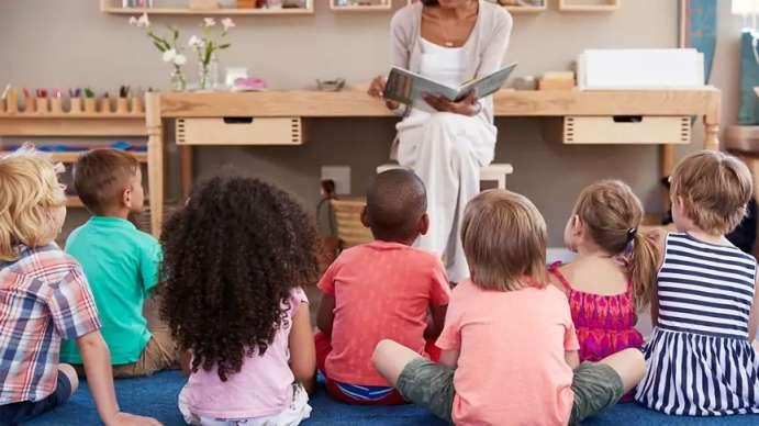 کسب و کار کتاب کودکان (CHILDREN'S BOOK BUSINESS)