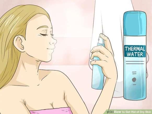 آب گرم چشمه را بر روی پوست خود اسپری کنید