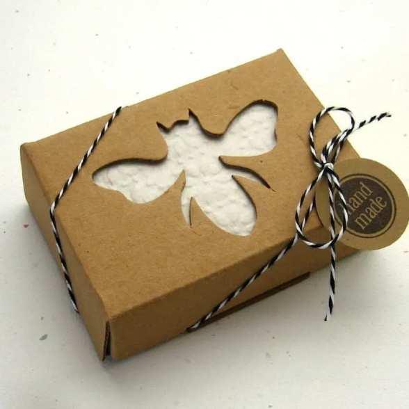 برش زنبور عسل بر روی بسته بندی صابون