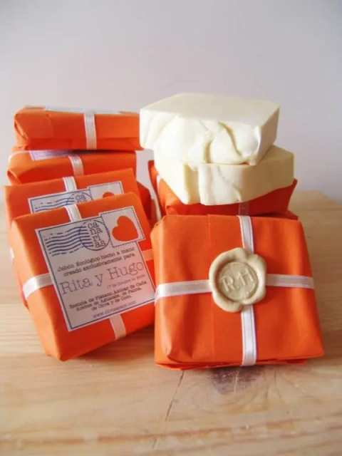 استفاده از استم های موم در بسته بندی صابون